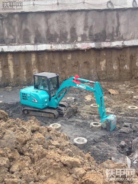 常熟地区找60挖机驾驶员