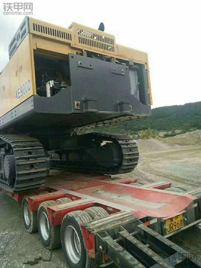 徐工XE900D挖掘机,到青岛工地了