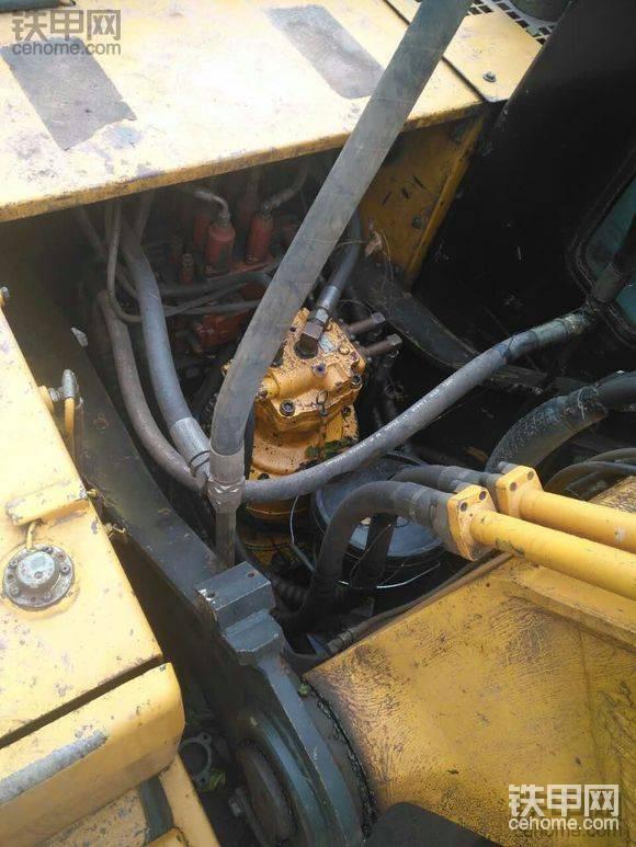 现代 R265LC-7 二手挖掘机价格 30万 9800小时
