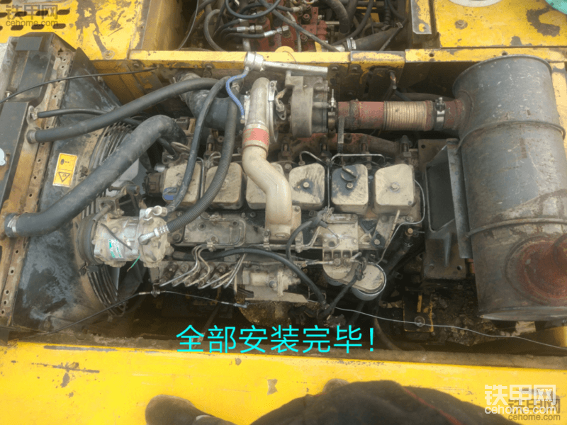 柳工发动机高温抱死   怒换汽车发动机重获新生!