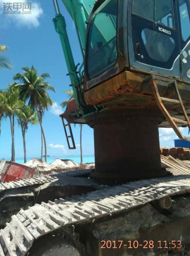 马尔代夫赚钱利器 浅海挖沙利器高腰挖机