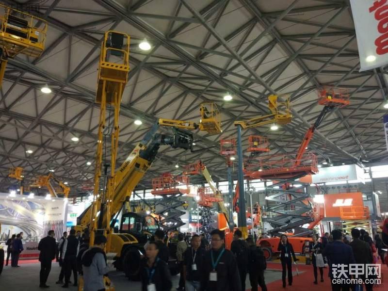 参加首届亚洲高空作业机械展-帖子图片