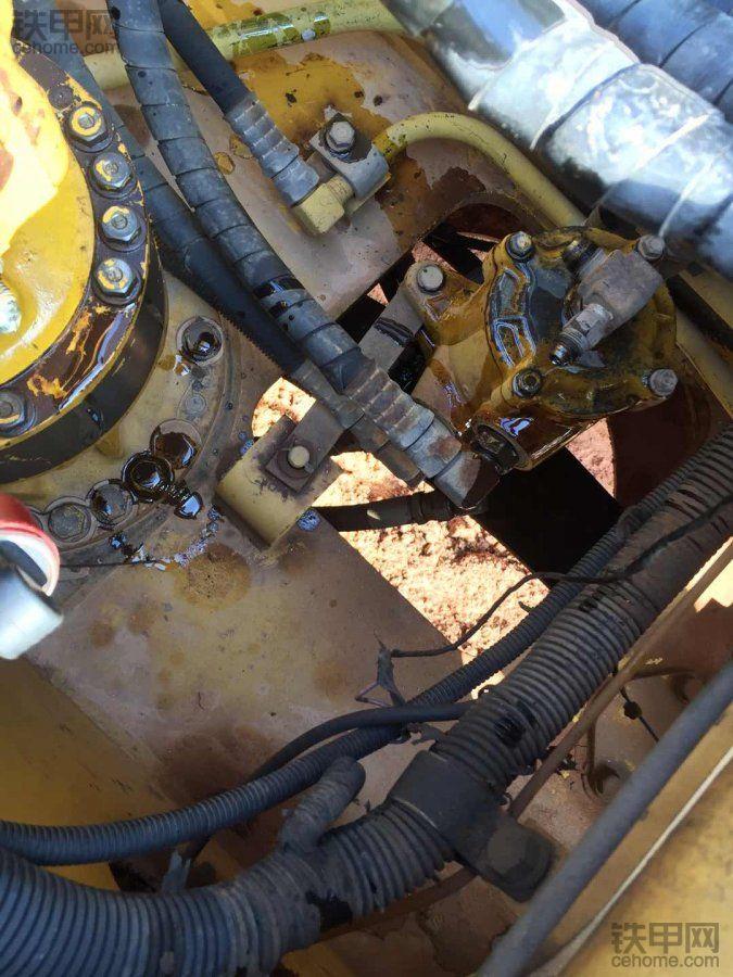 小松120分油器换油封
