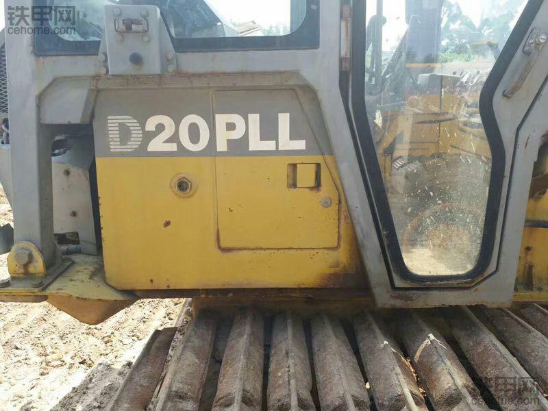 揭秘少为人知的D20PLL-7超湿地推土机
