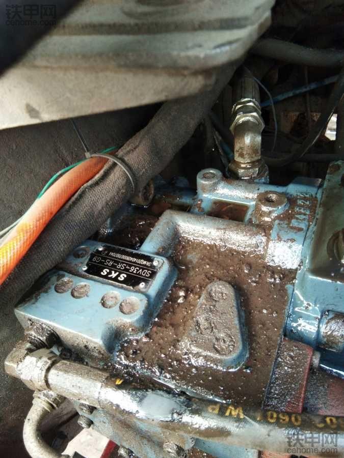 竹内175C大泵价贵不