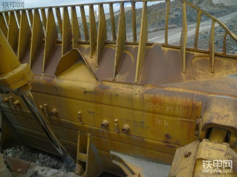 贵州最大的推土机--卡特D11R特写!力大无穷!
