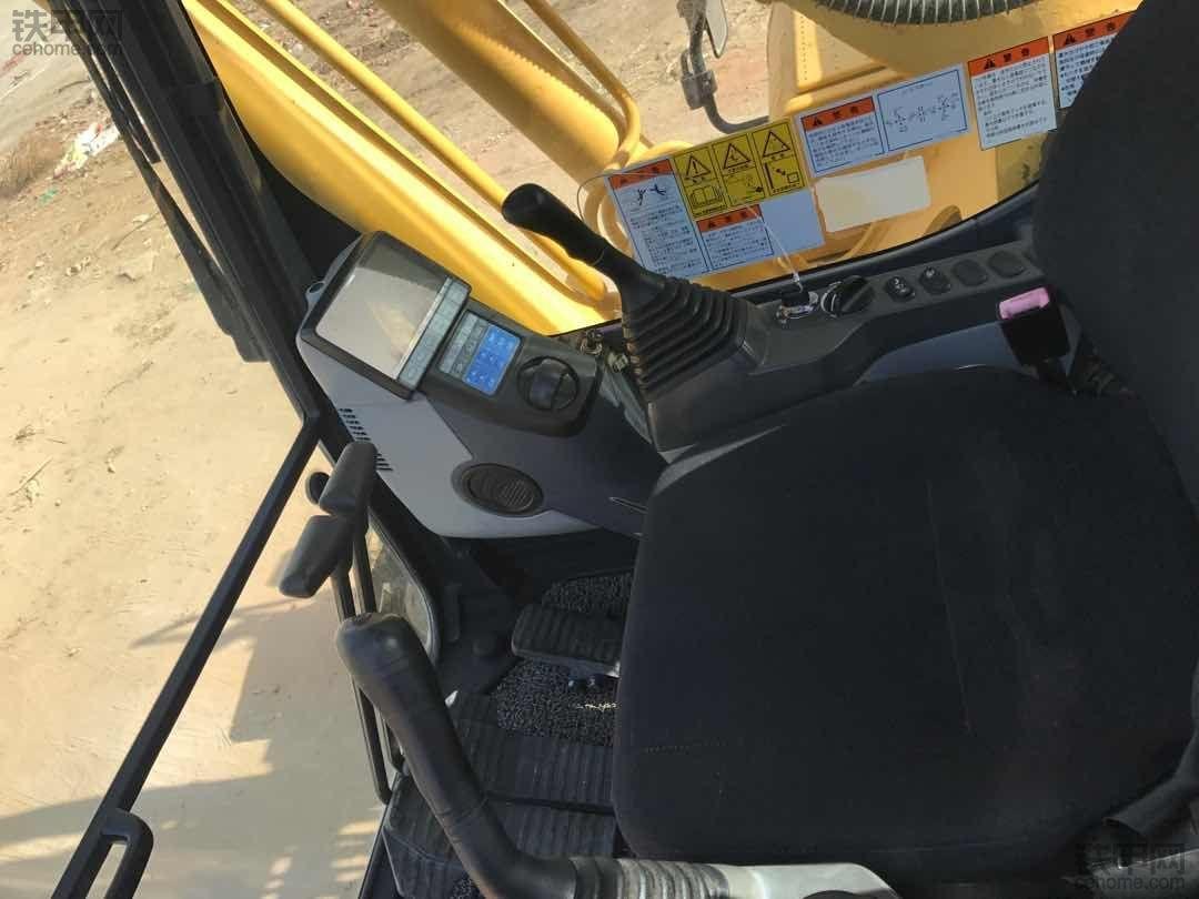 小松230-8提车使用报告!干活很稳,耐用还省心!