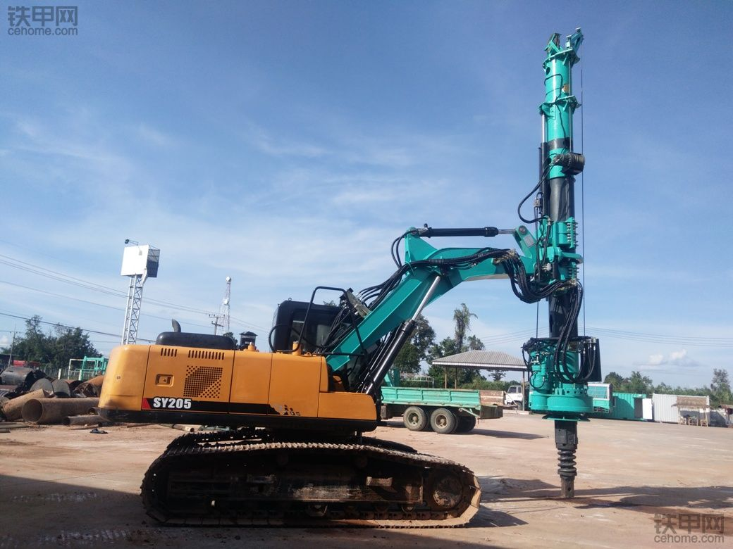 三一SY205挖机开辟新功能,挖机改旋挖钻机,开上旋挖钻机机手工资也要上涨