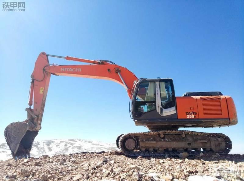 浅谈日立ZX250H-3挖掘机使用感受,日立还是不错的