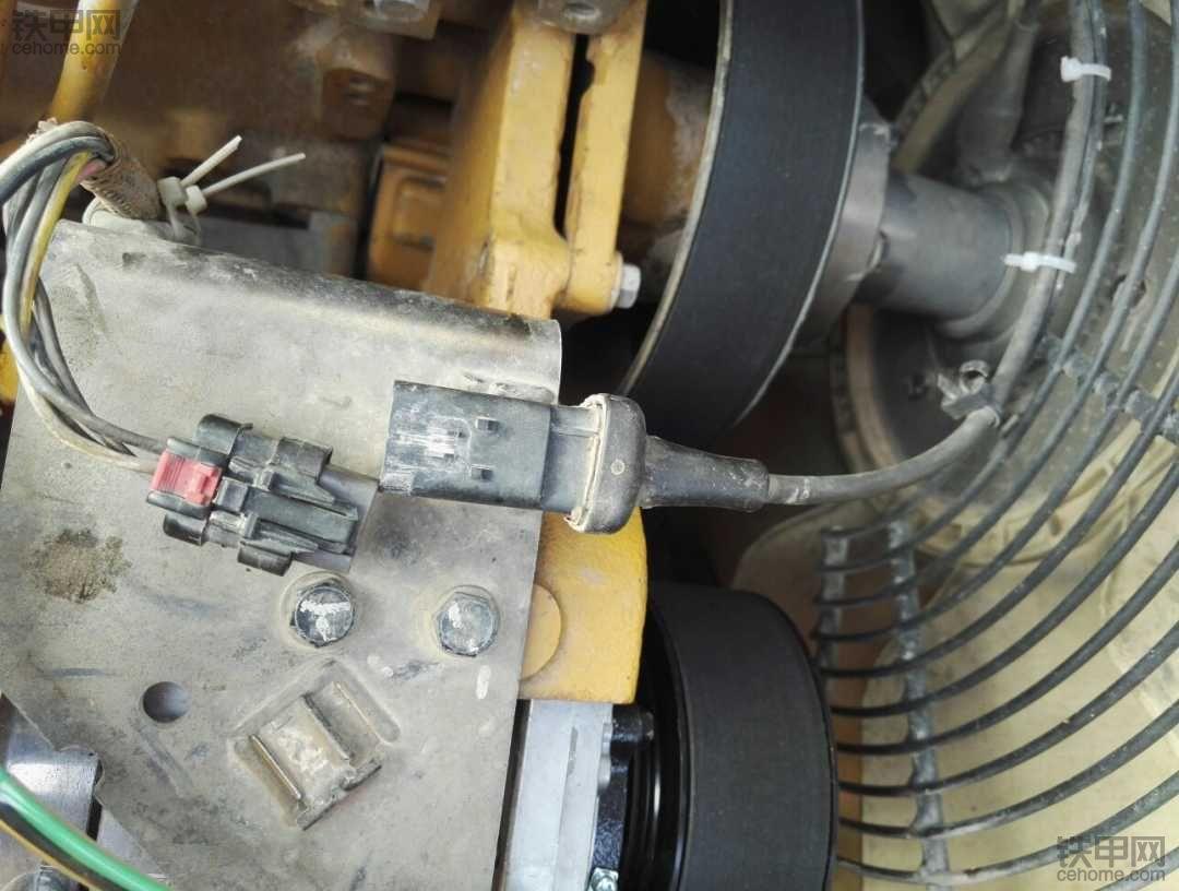 卡特323D2L风扇离合器