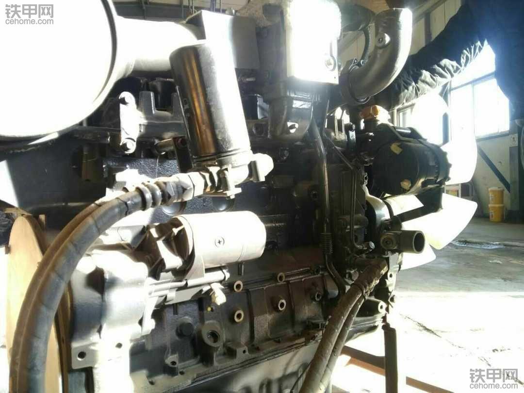 这个是小松270-7的发动机