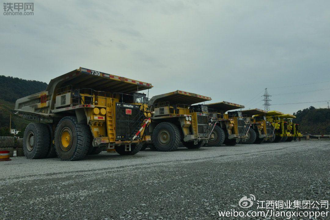 德兴铜矿小松730E-7电动轮.
