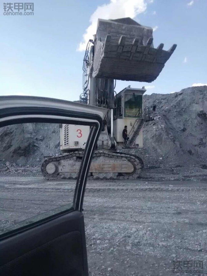 土壕的世界,利勃海尔R9250-R9350 电动液压挖掘机