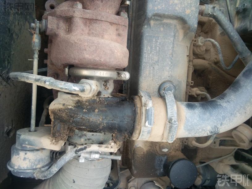 增压机漏机油