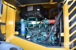 分享国三临工L952D 电喷装载机