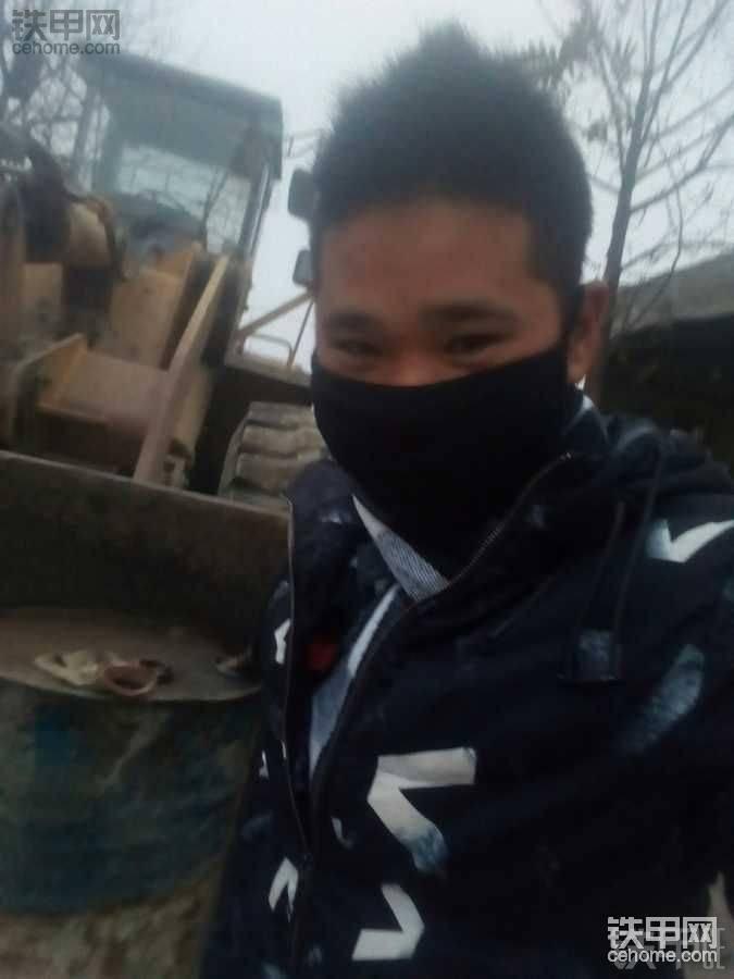 想在广东省惠州市三栋镇找台大挖,正手6年驾龄