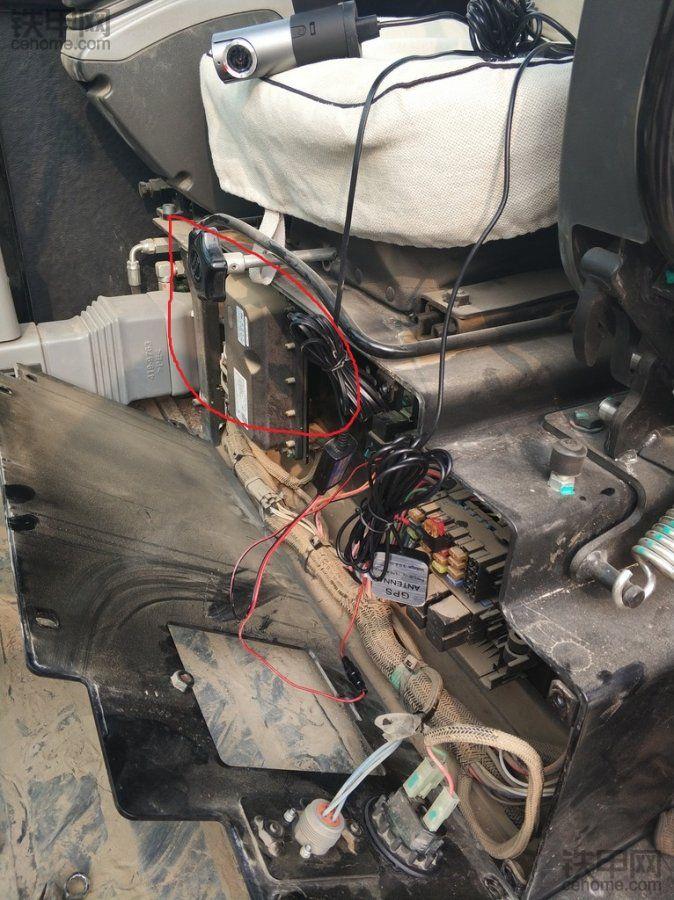 简捷安装来源于设计合理——卡特彼勒306E2铁甲云盒众测报告(安装篇)