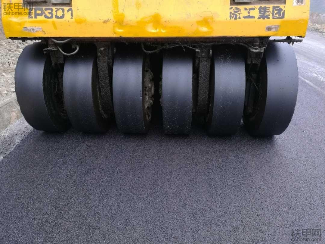 出售徐工301胶轮车在广西,电话15351691772