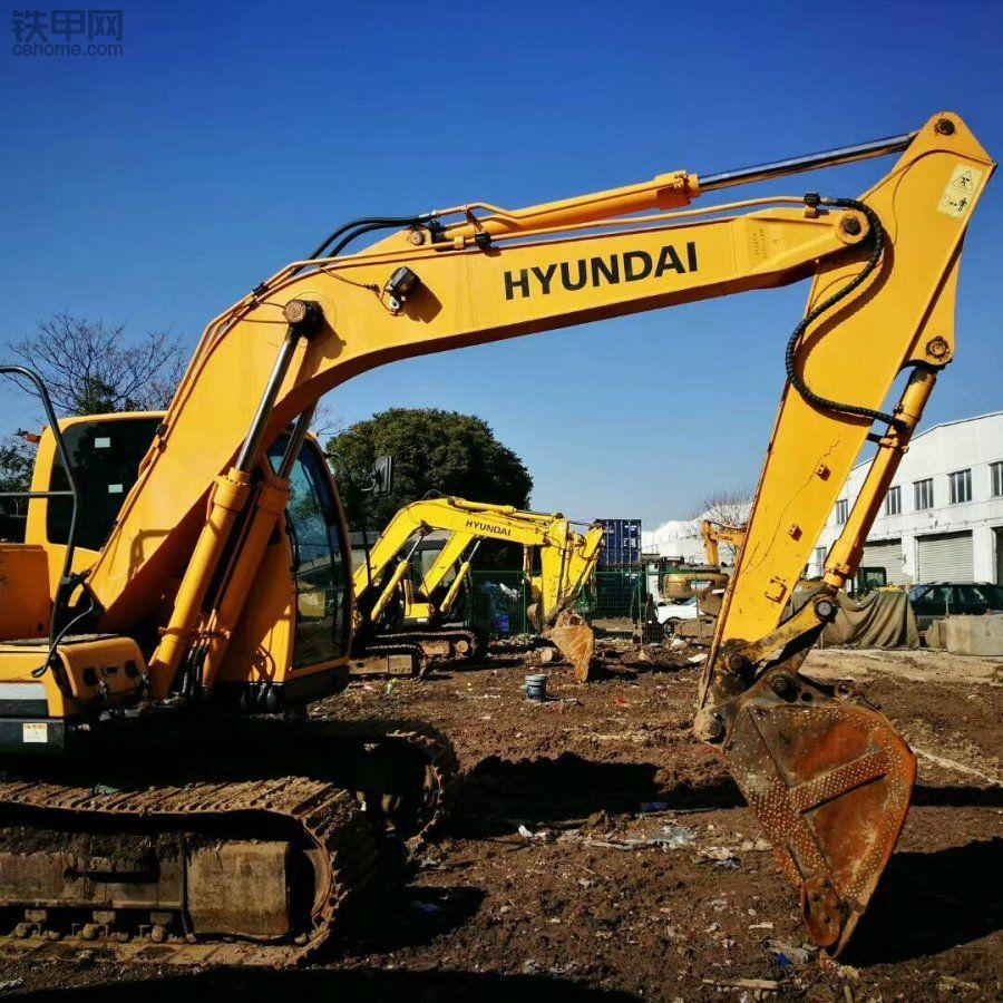 现代 R275LC-9T 二手挖掘机价格 52万 5500小时