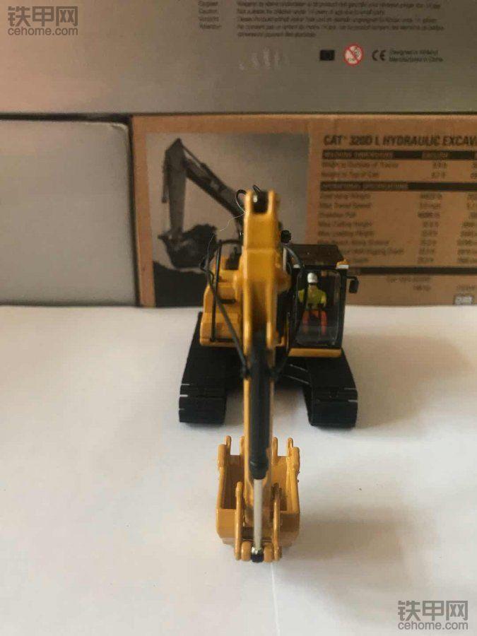 机械小白模型梦(4) 精雕细琢 卡特彼勒320DL模型选购指南