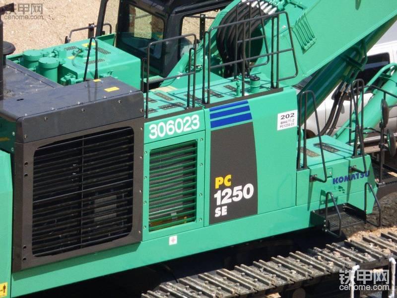 小松PC1250SE-8在日本工地