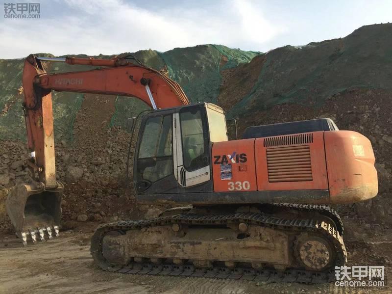 日立 ZX270LC-3 二手挖掘机价格 35万 11000小时