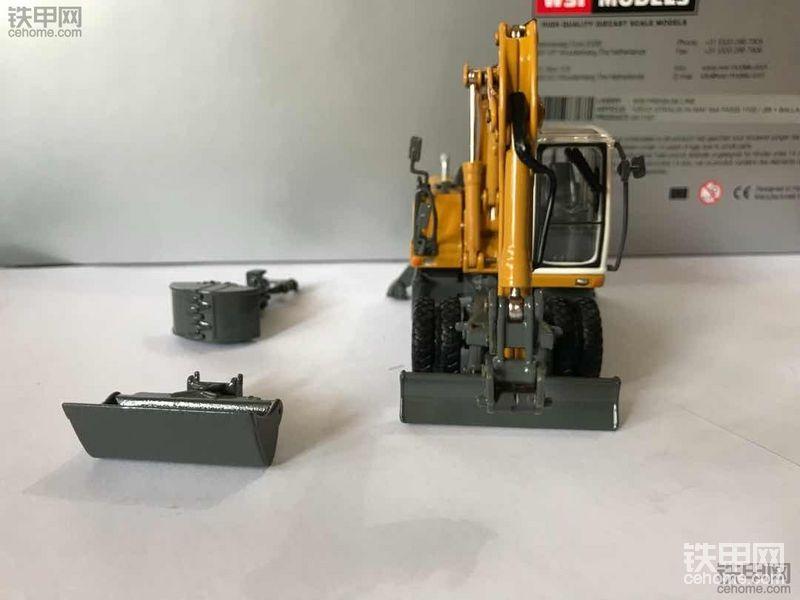 机械小白玩模型(5)性价比超高 ¥150元可入手的利勃海尔A904C轮挖模型