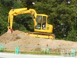 日立挖掘机图片(三)