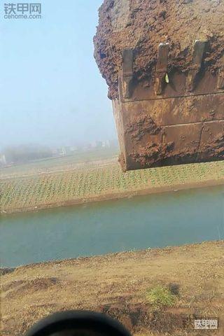 挖机人创业路(11) 置换轮挖 一波三折提厦工XGMA80