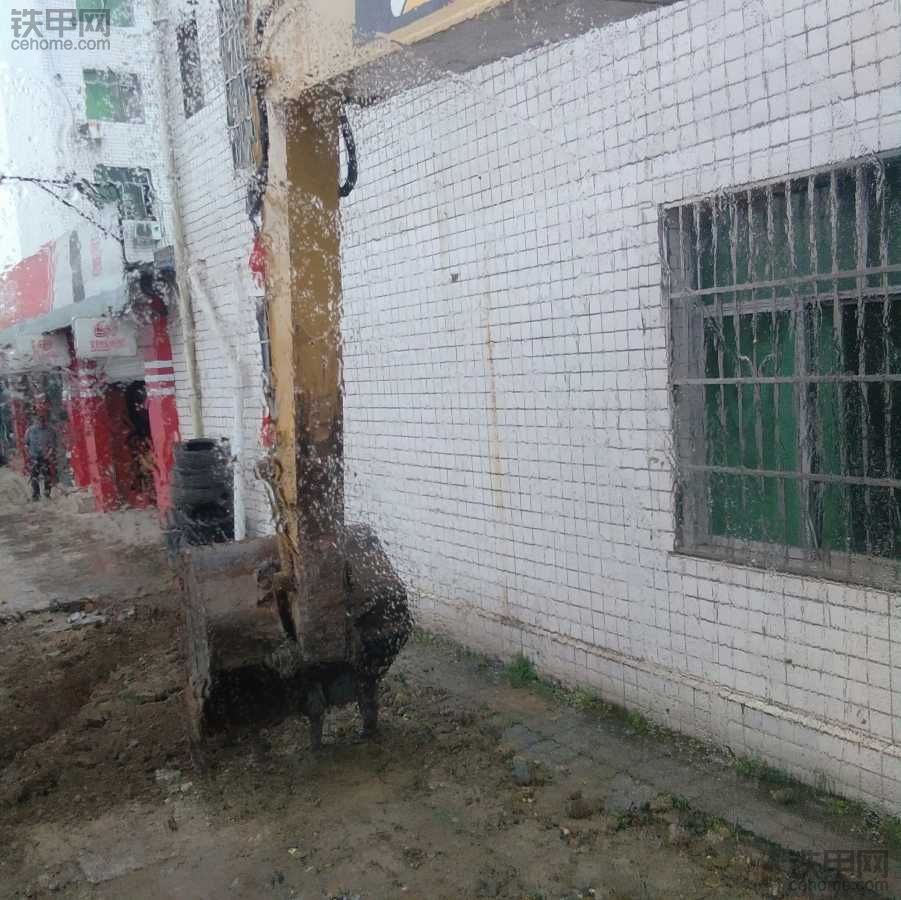 【2018开工大吉】想买挖机,开工了先借一台挖机试试水,期待好运连连