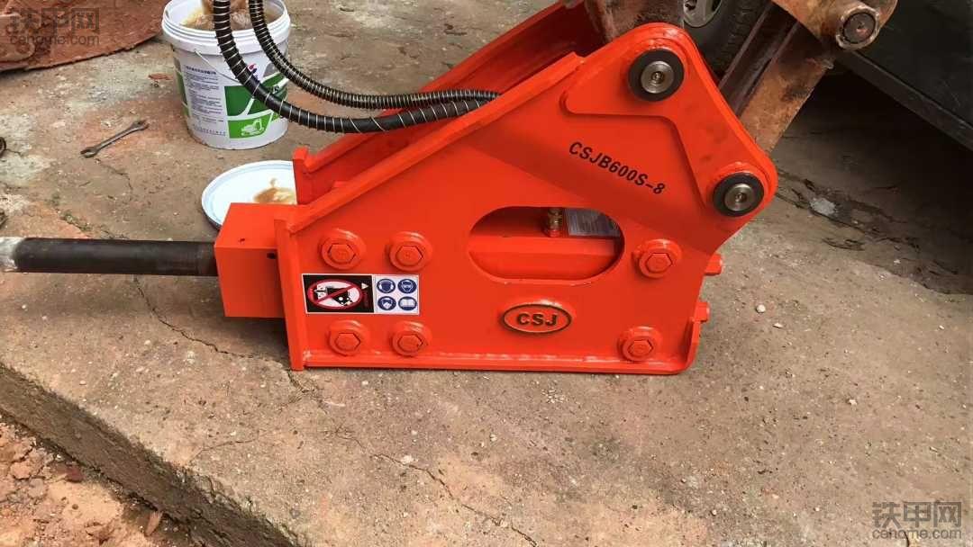 请教各位觉得破碎锤哪个品牌好点?