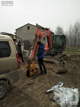 开遍无数挖机,15年老司机评斗山ZX60-9C