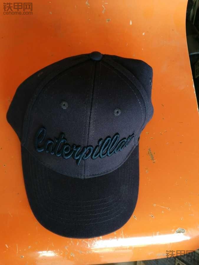 过年中的帽子