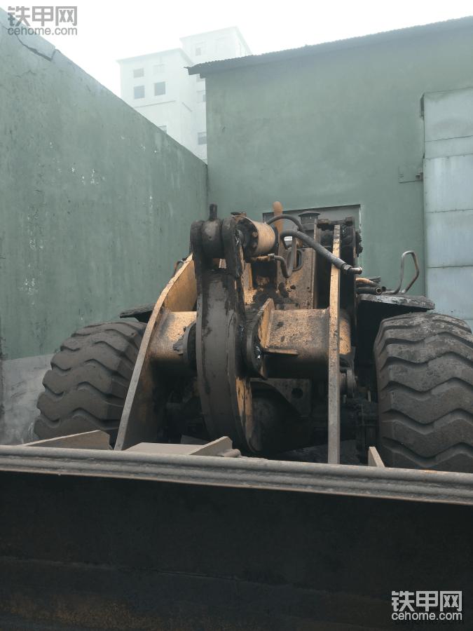 今天拆龙工855B变速箱