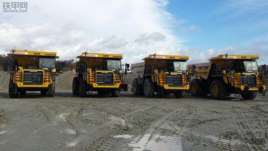 全新小松HD605矿用自卸车