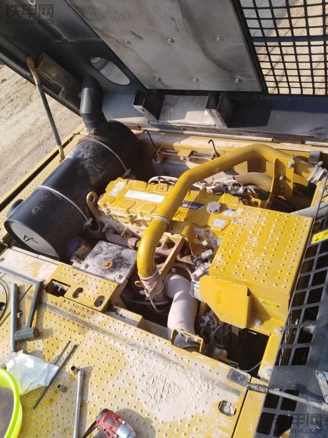 336D2发动机工作声音异常 说说我的维修经历(三)
