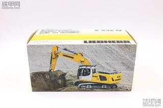 500块就能拥有!NZG版利勃海尔R936挖掘机模型