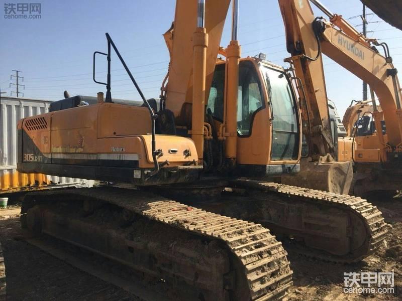 现代 R305LC-9T 二手挖掘机价格 60万 4300小时