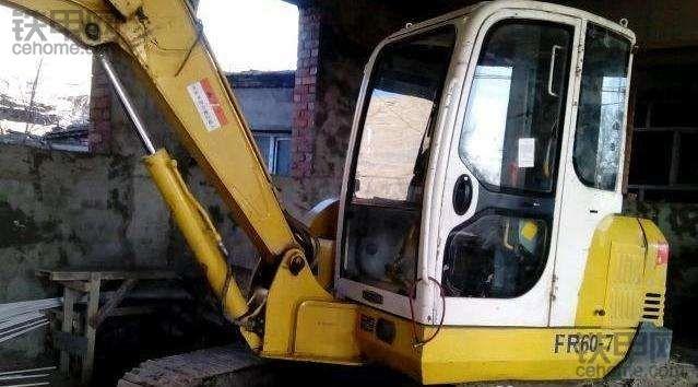 【我的维修故事】邻居家的挖机发动机大修