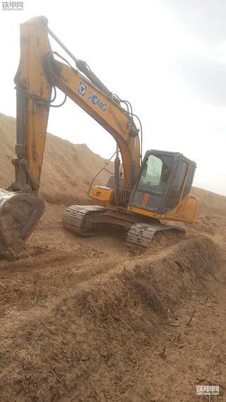 中国制造在进步 7年后我再次选择徐工挖掘机