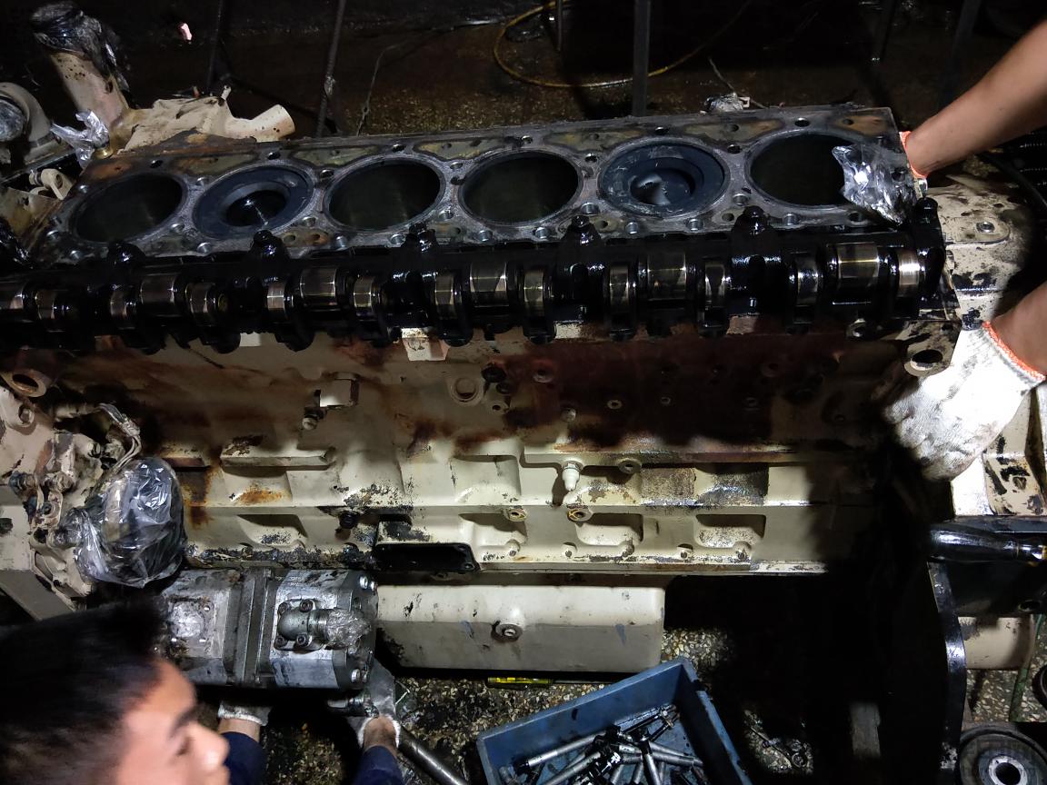 康明斯M11电喷发动机大修