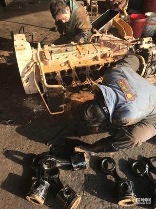晋工JGM756KN液压油变多问题解决