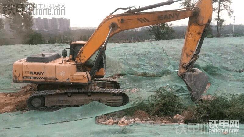 保护挖机,干掉毛毛,谈谈关于水箱那些事