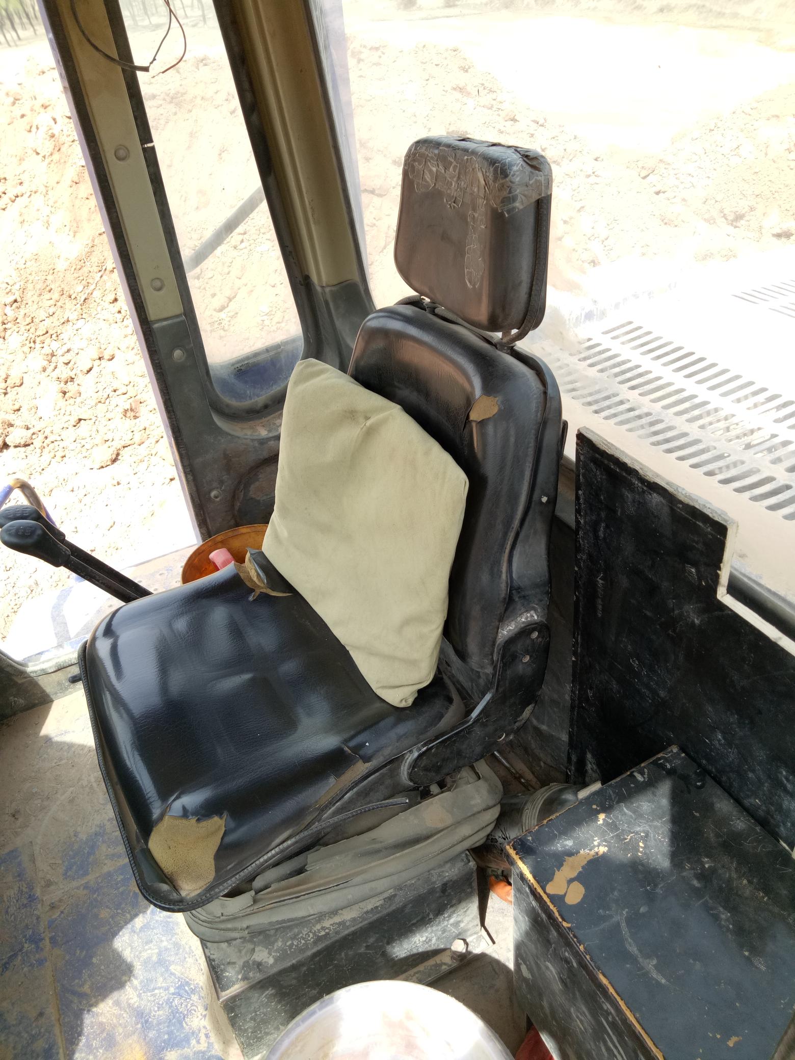 铲车的日常-~座椅
