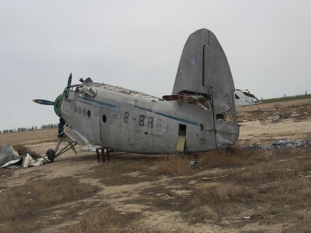 【我的铁甲日记第十三天】开飞机式的面包车