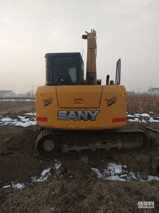 【老司机带你飞】7吨级挖机怎么选? 浅谈三一小松神钢日立优缺点