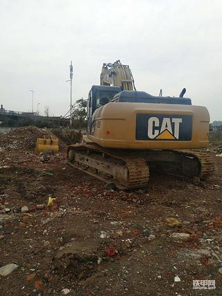修理出身的我也开起了卡特336D挖机