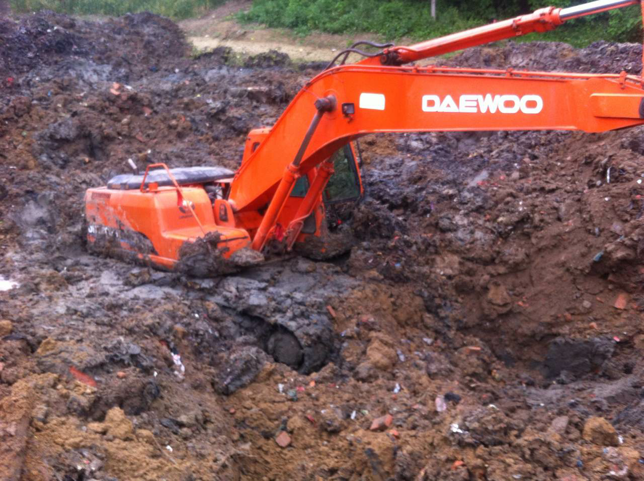 【我与挖机的不解之缘2】干了7年挖机售后,买了斗山220