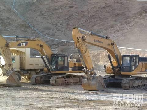 我在非洲修挖机(12)卡特彼勒349D发动机憋车   引发又一轮内部争斗