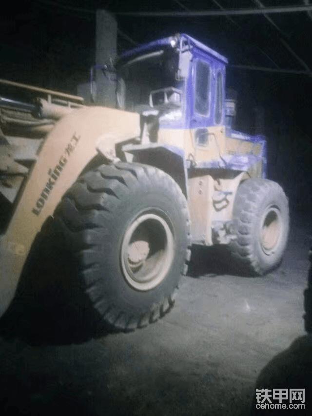 这就是在水泥厂开的车!
